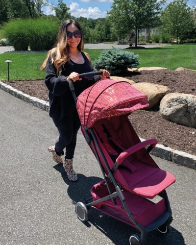 Snooki Burgundy Gold Compact Stroller