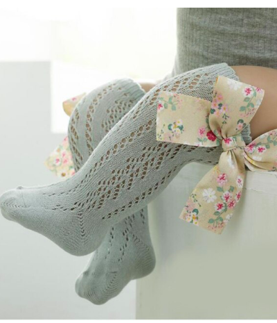 Itty Bitty Grey With Floral Bow Knee Socks